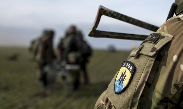 """У """"Азові"""" вважають затриманих своїми побратимами / REUTERS"""