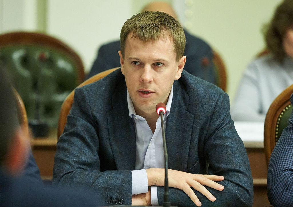 """Глава депутатской группы """"Партия """"Відродження"""" Виталий Хомутынник / Фото vidrodzhennya.org.ua"""