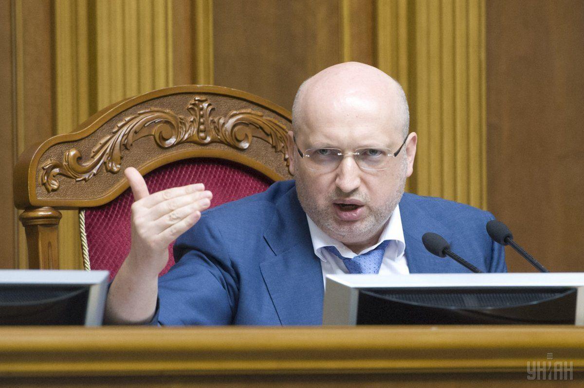 Турчинов нагадав, що три роки тому українці вийшли на Майдан, щоб захистити свій вибір / Фото УНІАН
