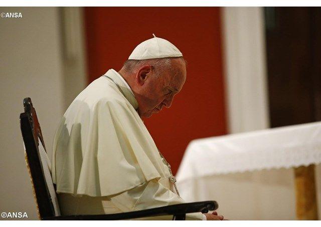 Папа Римский невидит альтернативы мирному урегулированию карабахского конфликта