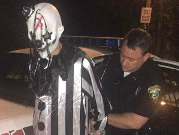 Один из загадочных зловещих клоунов попался полиции / Фото Middlesboro Police Department