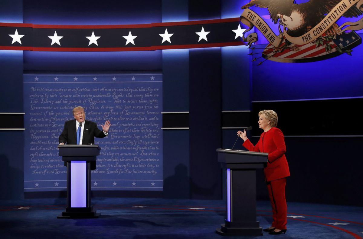 Дональд Трамп и Хиллари Клинтон / REUTERS