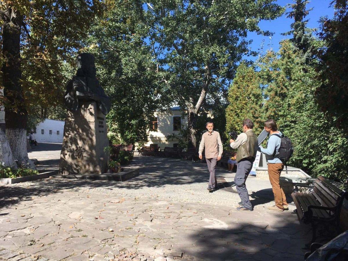 Фінальний етап зйомок фільму про Паїсія Величковського завершено / athos-ukraine.com