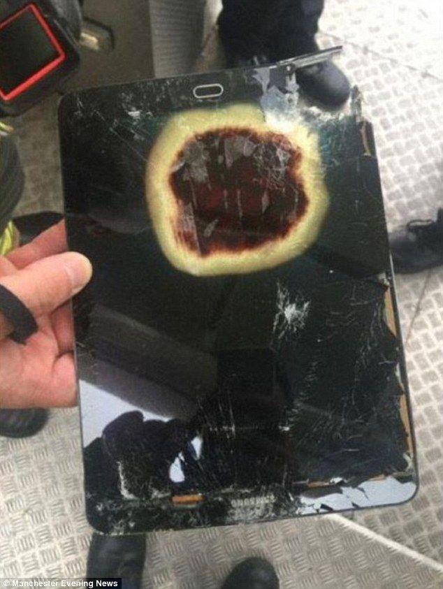 Літак вимушений був дійснити екстрену посадку через планшет Samsung, що загорівся