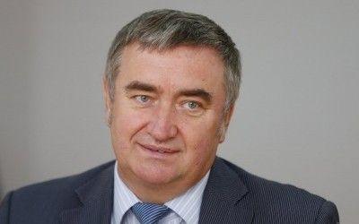 Перший заступник глави правління Пенсійного фонду: Ми зупинили виплату пенсії Азарову, бо він особисто її не отримував понад 6 місяців title=