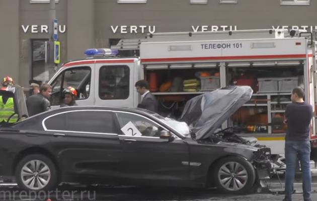 Автомобиль Суркова стал участником ДТП в столице России