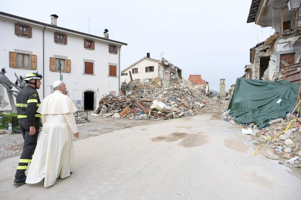 Папа Римський відвідує Аматріче / Фото REUTERS