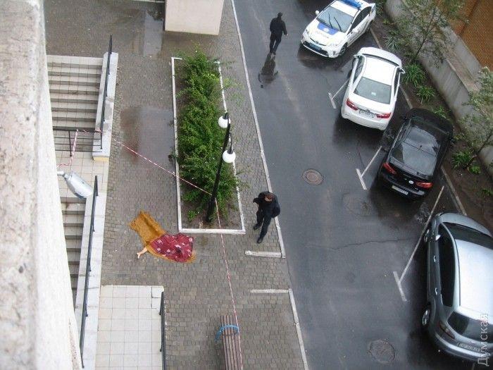девушка упала с 25 этажа рязань только