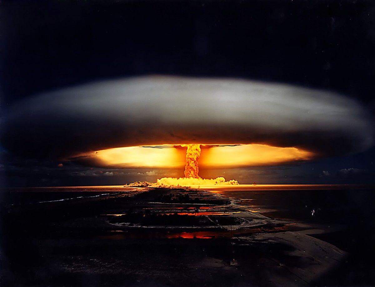 Вчені показали найсильніші ядерні вибухи в одному відео / ZN.UA
