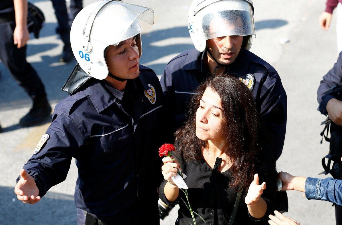 В Анкаре разогнали демонстрантов, собравшихся почтить жертв прошлогодних терактов / Фото REUTERS