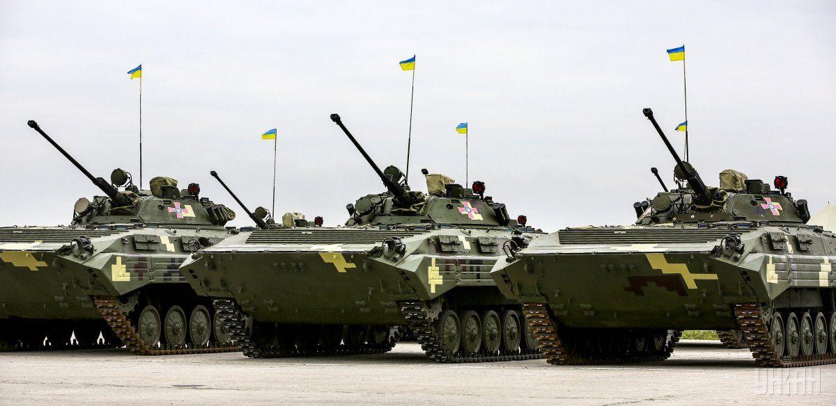Порошенко оценивает украинскую армию как одну из сильнейших в Европе / УНИАН