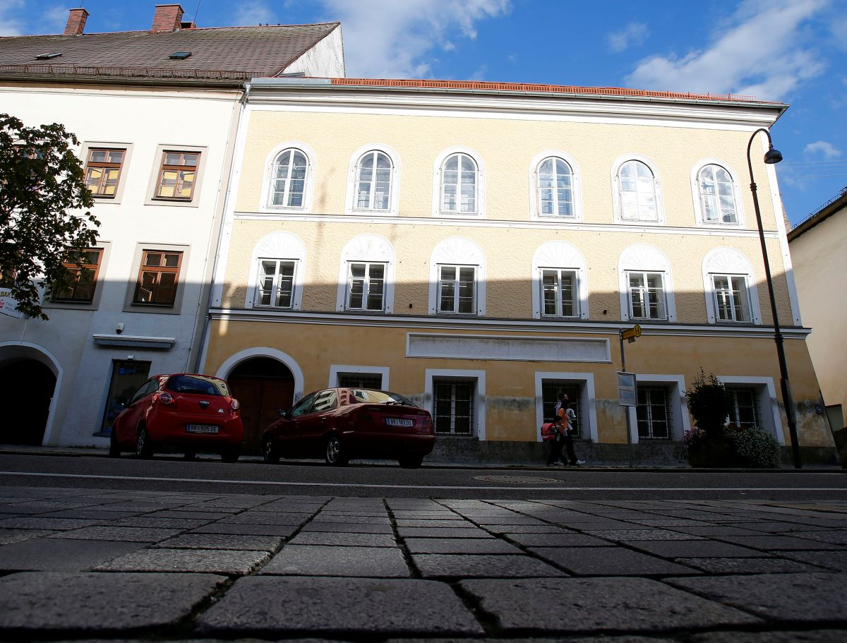 Дом в Бранау, в котором жила семья Гитлера / REUTERS