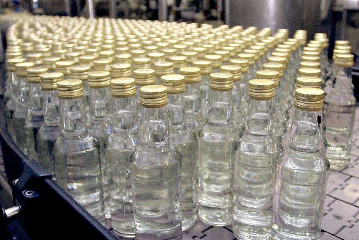 Кількість жертв сурогатного алкоголю зросла до 67 людей / trademaster.ua