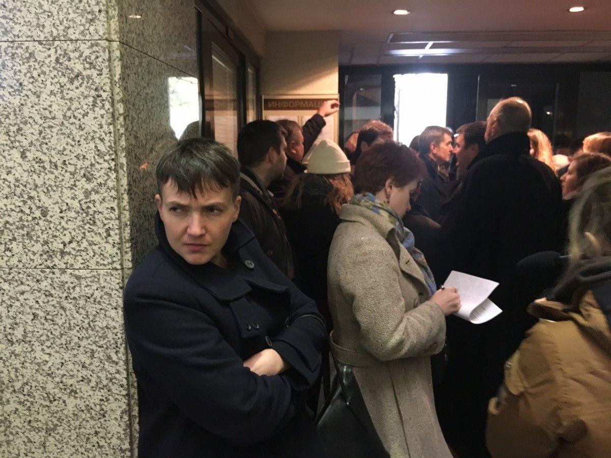 Надія Савченко прилетіла до Москви через Мінськ / УНІАН