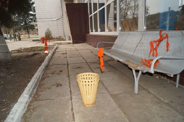 Підозрілий предмет виявили в урні для сміття / фото lg.npu.gov.ua