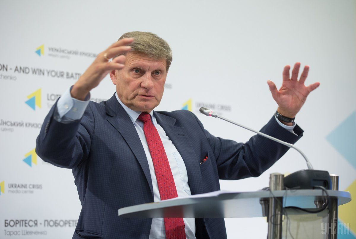 Решение руководства оподнятии минимальных зарплат должно быть превосходно проанализировано— Л.Бальцерович