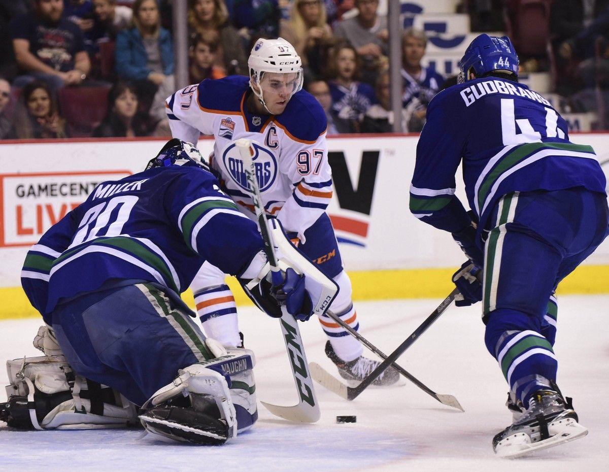 НХЛ: «Эдмонтон» обыграл «Ванкувер», это 5-ая победа подряд