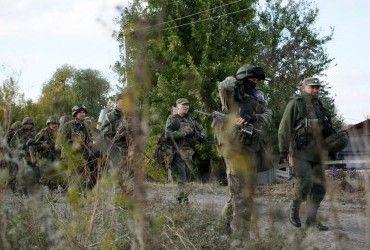 Окупаційні війська РФ на Донбасі тренуються йти у наступ – ІС