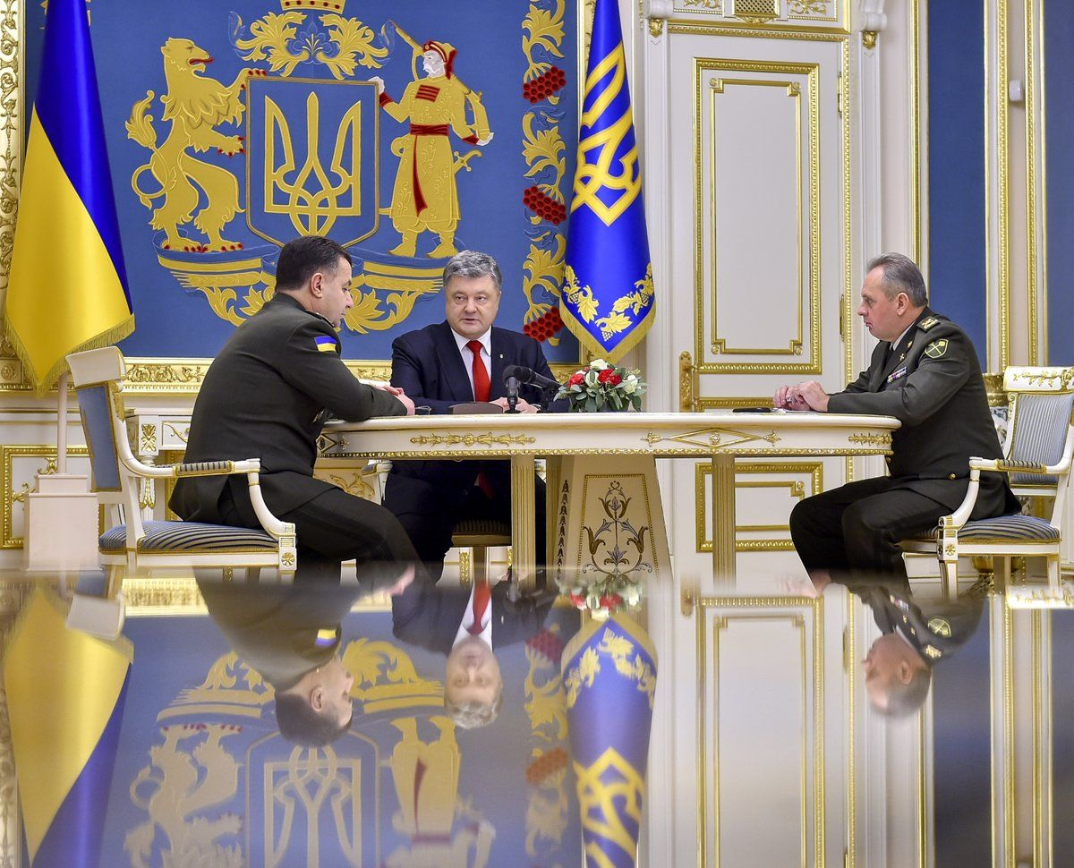 Порошенко заявив, що наразі формується більш ніж 100 тис. резерв першої черги / twitter.com/poroshenko