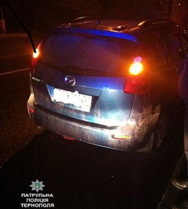 Авто зупинили через порушення ПДД / tp.npu.gov.ua