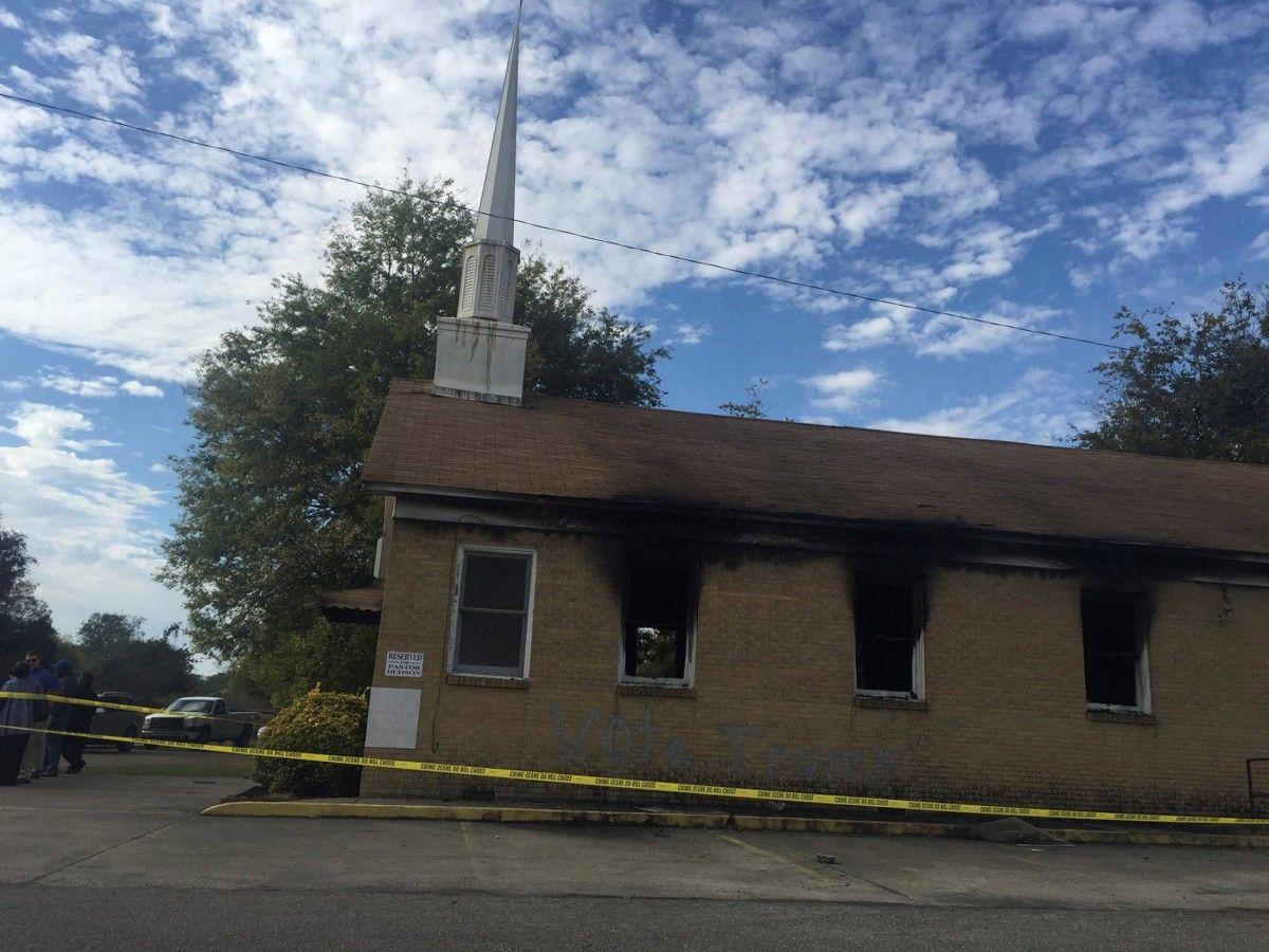 Поджог церкви в Мисиссипи / REUTERS