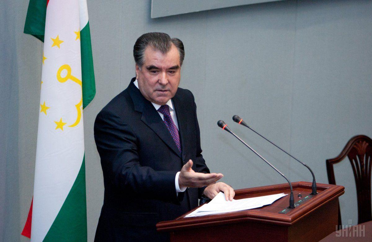Ранее парламент объявил Рахмона пожизненным лидером / Фото УНИАН