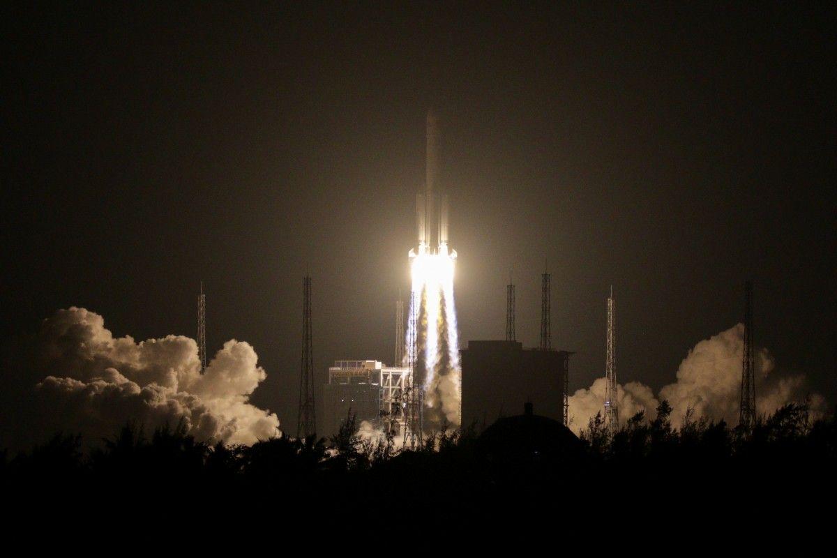 КНР произвел амбициозный запуск собственной крупнейшей ракеты-носителя