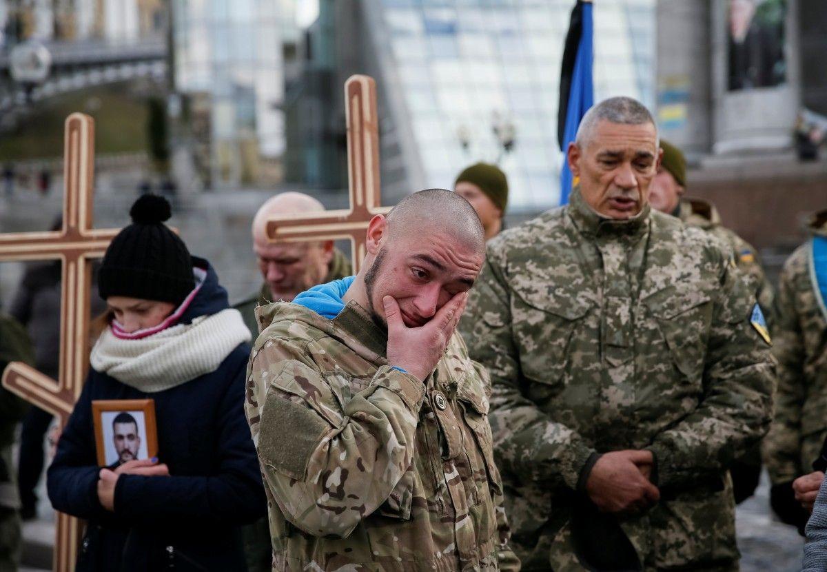 На Майдане попрощались с погимшими бойцами АТО / REUTERS
