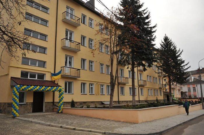Старий гуртожиток на вул. Шопені ремонтували 3 роки / пресс-служба Тернопольской ОГА