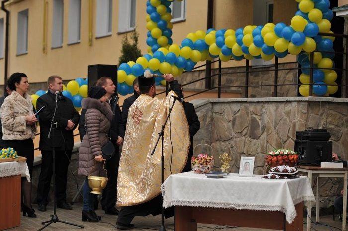 У будинку працівники залізниці отримали 44 однокімнатні квартири та 8 двокімнатних / пресс-служба Тернопольской ОГА