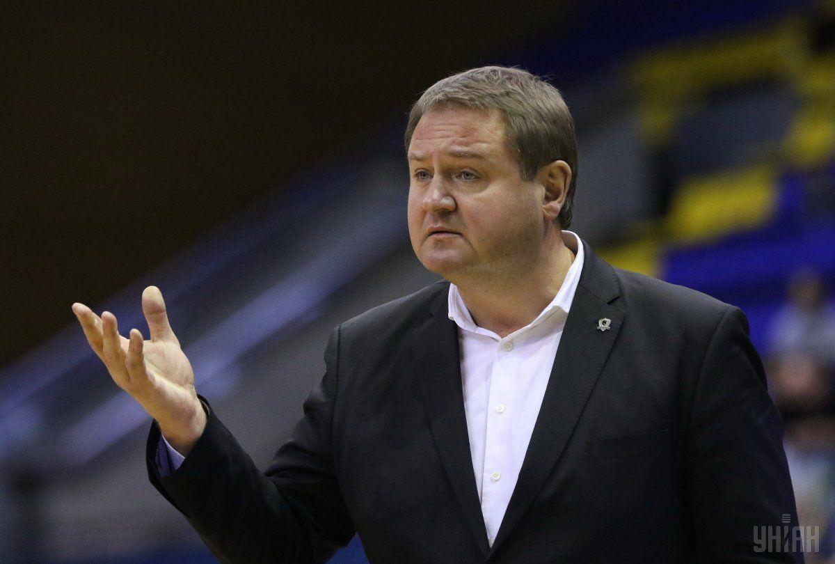 Киевский клуб все-таки остался без основного тренера
