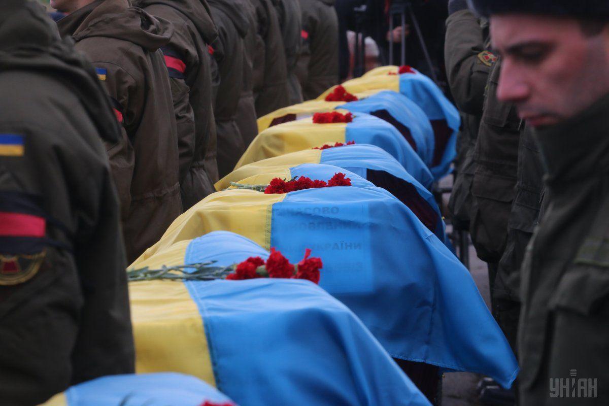 В Україні діє система ДНК-ідентифікації загиблих, якої не було до війни / Фото УНІАН