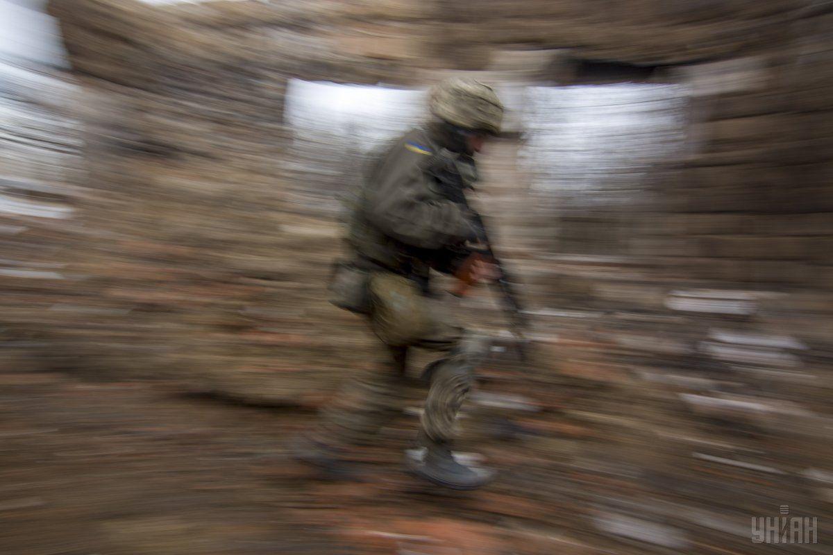 Ворожий обстріл промзони забрав життя захисника України / Фото УНІАН