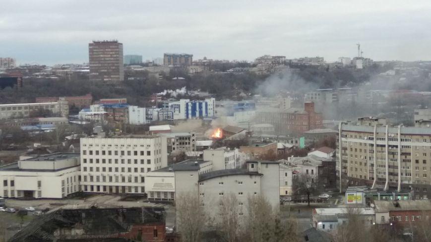 В Харькове горит мебельный цех / 057.ua