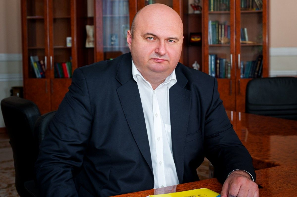 Корнийчук просил пособие по безработице / adm-km.gov.ua