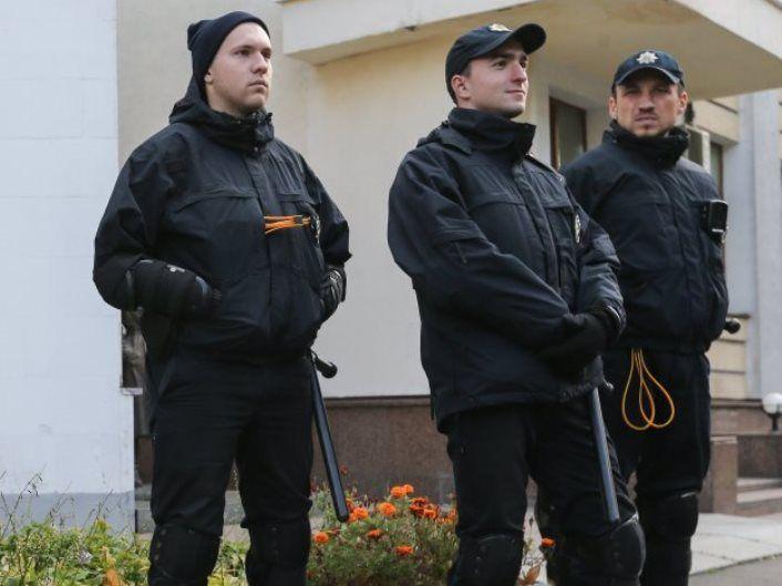 Поліція Києва переходить на посилений варіант несення служби / Фото УНІАН