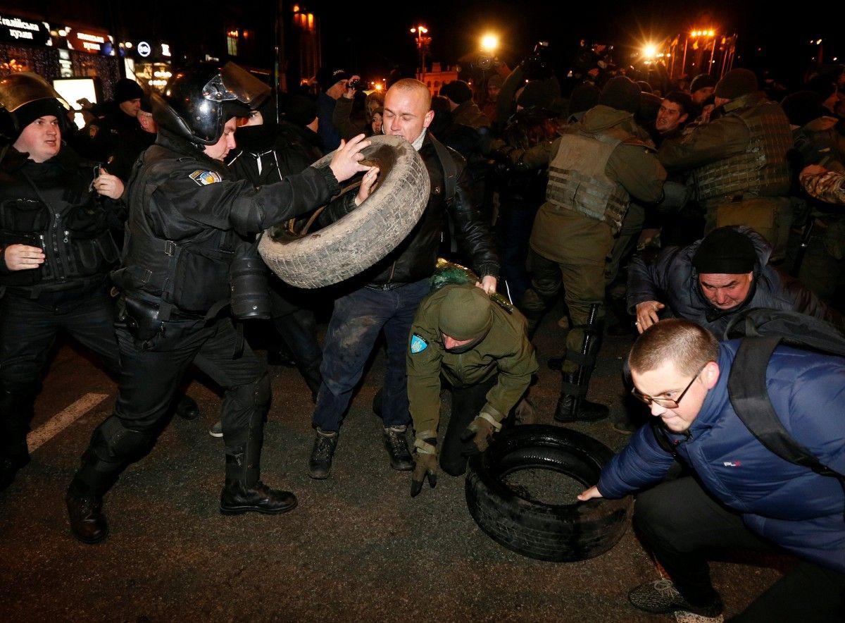 В милиции сказали о 3-х пострадавших впроцессе акций вцентре столицы Украины