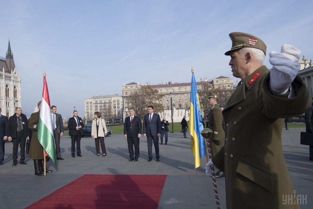 Гройсман находится с официальным визитом в Венгрии / Фото УНИАН