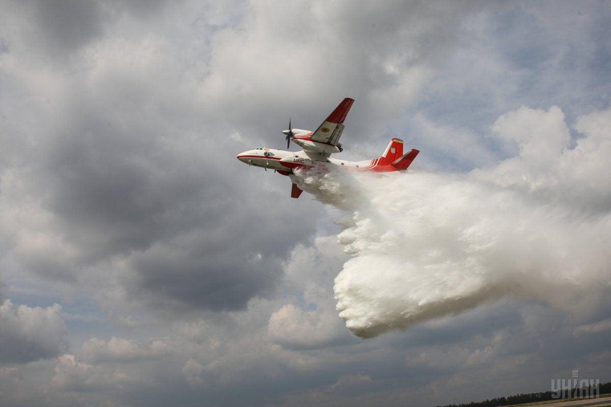 Экипажи самолетов ГСЧС выполнили поставленные перед ними задачи за рубежом / Фото УНИАН