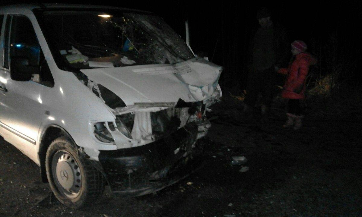 Врезультате дорожно-траспортного происшествия смикроавтобусом наЖитомирщине— четверо погибших
