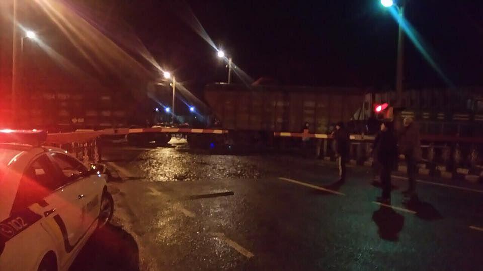 ВоЛьвовской области поезд сошел срельс