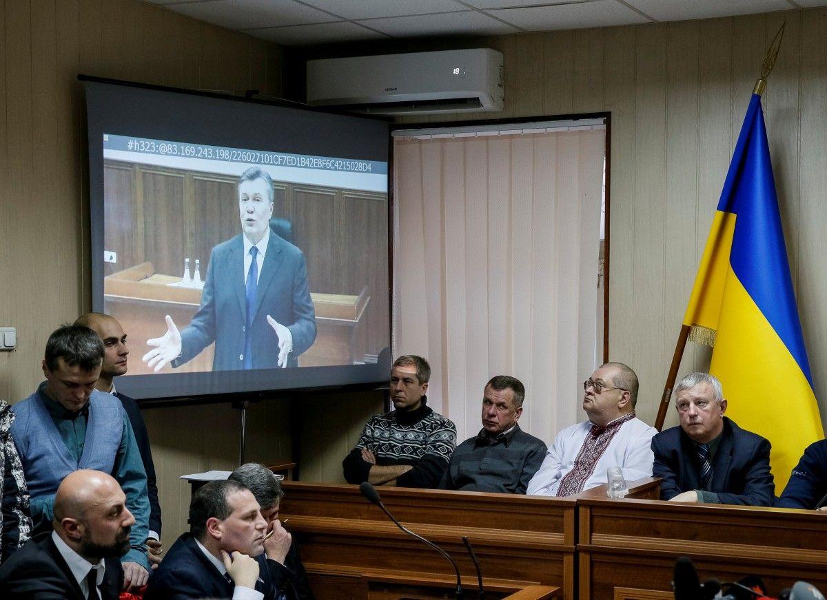 Виктор Янукович в ходе видеодопроса / REUTERS