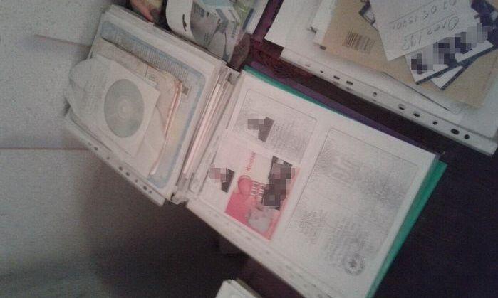 Злоумышленники использовали копии паспортов других граждан / Фото: СБУ
