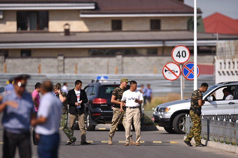 Взрыв прогремел перед президентским кортежем / sputniknews.com
