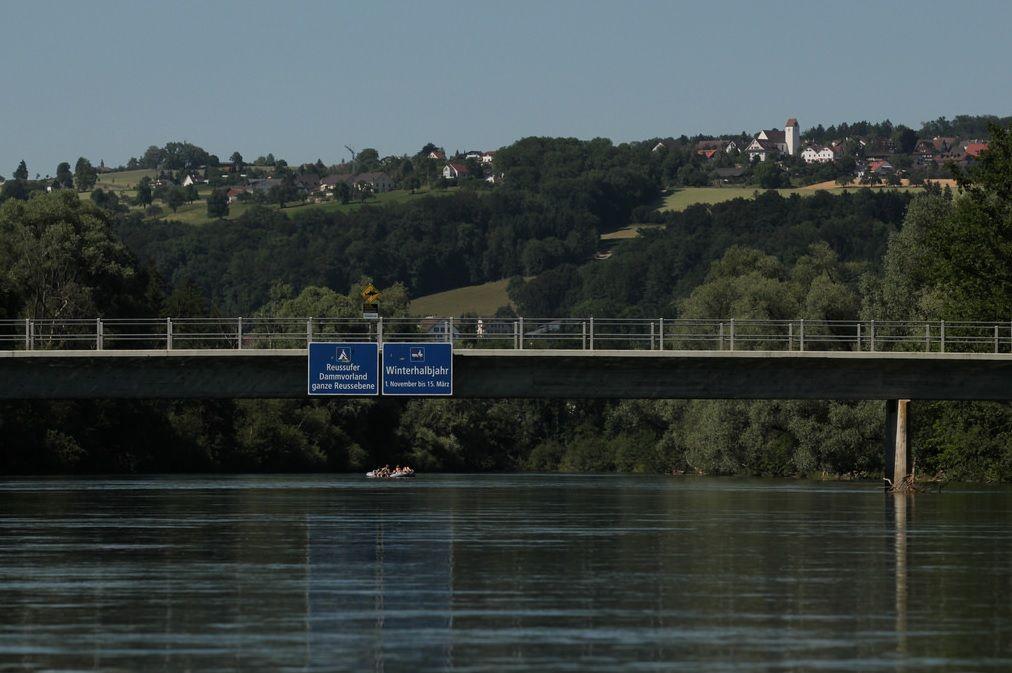 Среди жителей одного из самых богатых в Европе поселков пока не нашлось желающих предоставить беженцам жилплощадь / Hurni Christoph via flickr.com