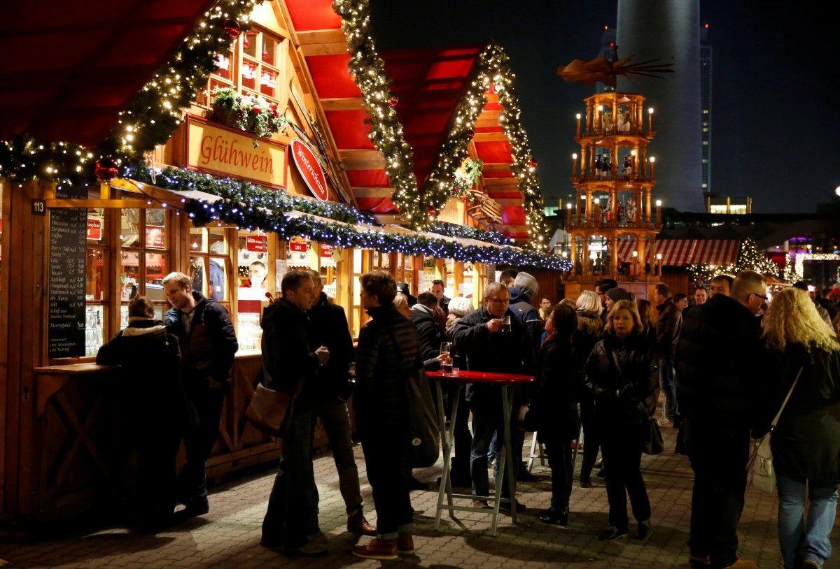 12-летний парень пытался устроить взрыв нарождественской ярмарке вГермании