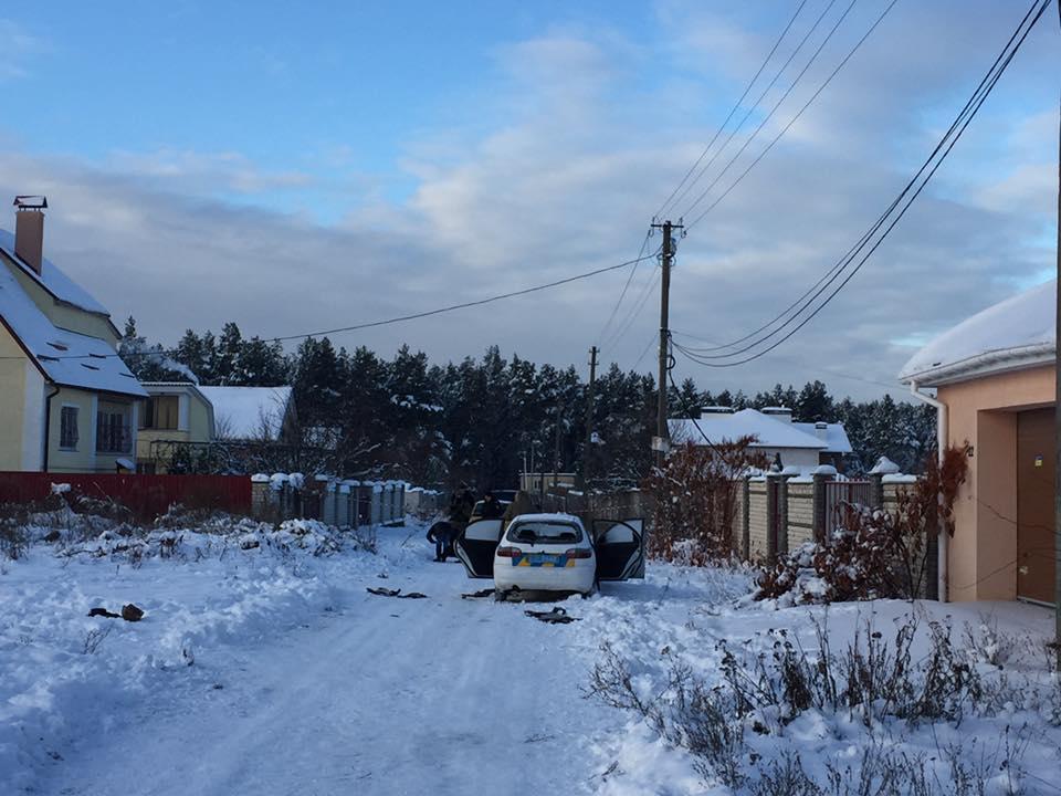 В ночь на 4 декабря в поселке Княжичи Броварского района под Киевом произошла трагедия, полицейские по ошибке перестреляли друг друга - известно о пяти погибших. / facebook.com/anton.gerashchenko.7
