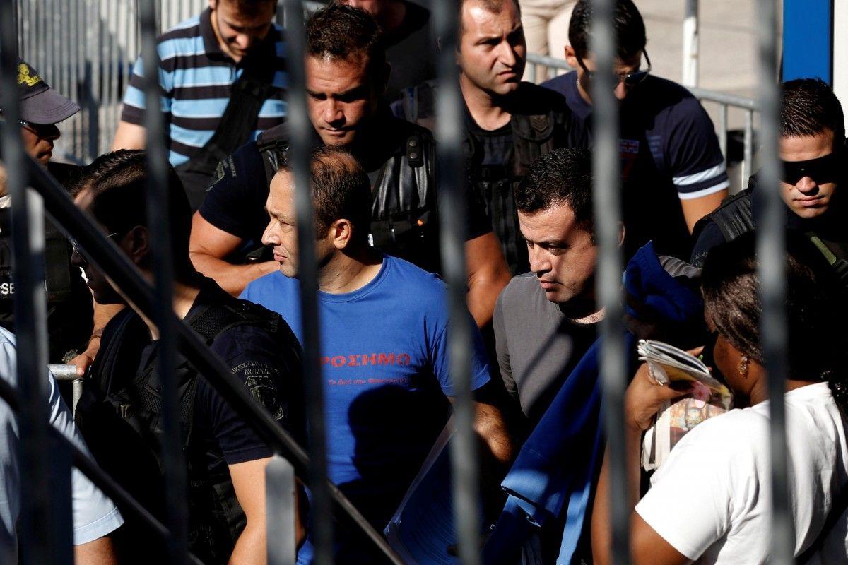 Греция отказалась экстрадировать бежавших встрану турецких военных