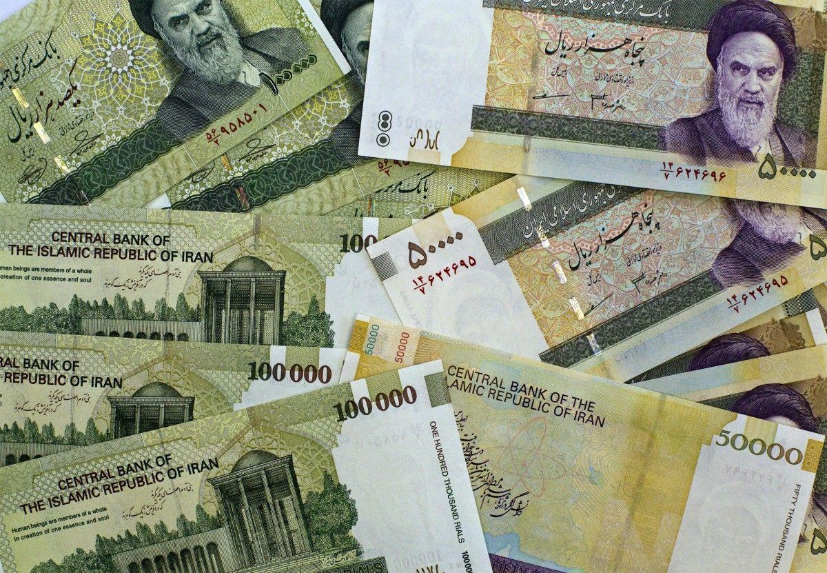 Руководство Ирана одобрило смену наименования государственной валюты