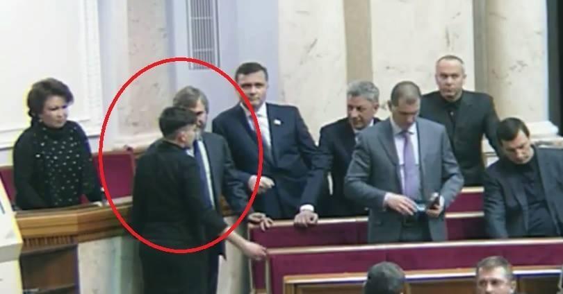 Савченко: Половина депутатов Рады должна сидеть втюрьме